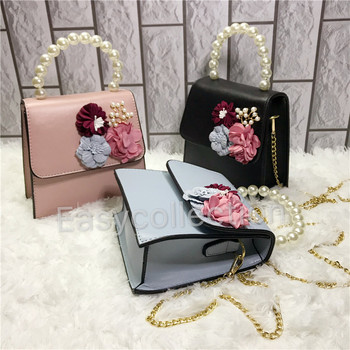 2018 Ladies New Design Floral And Pearl Decorated Mini Square Crossbody Bags Wholesale in China