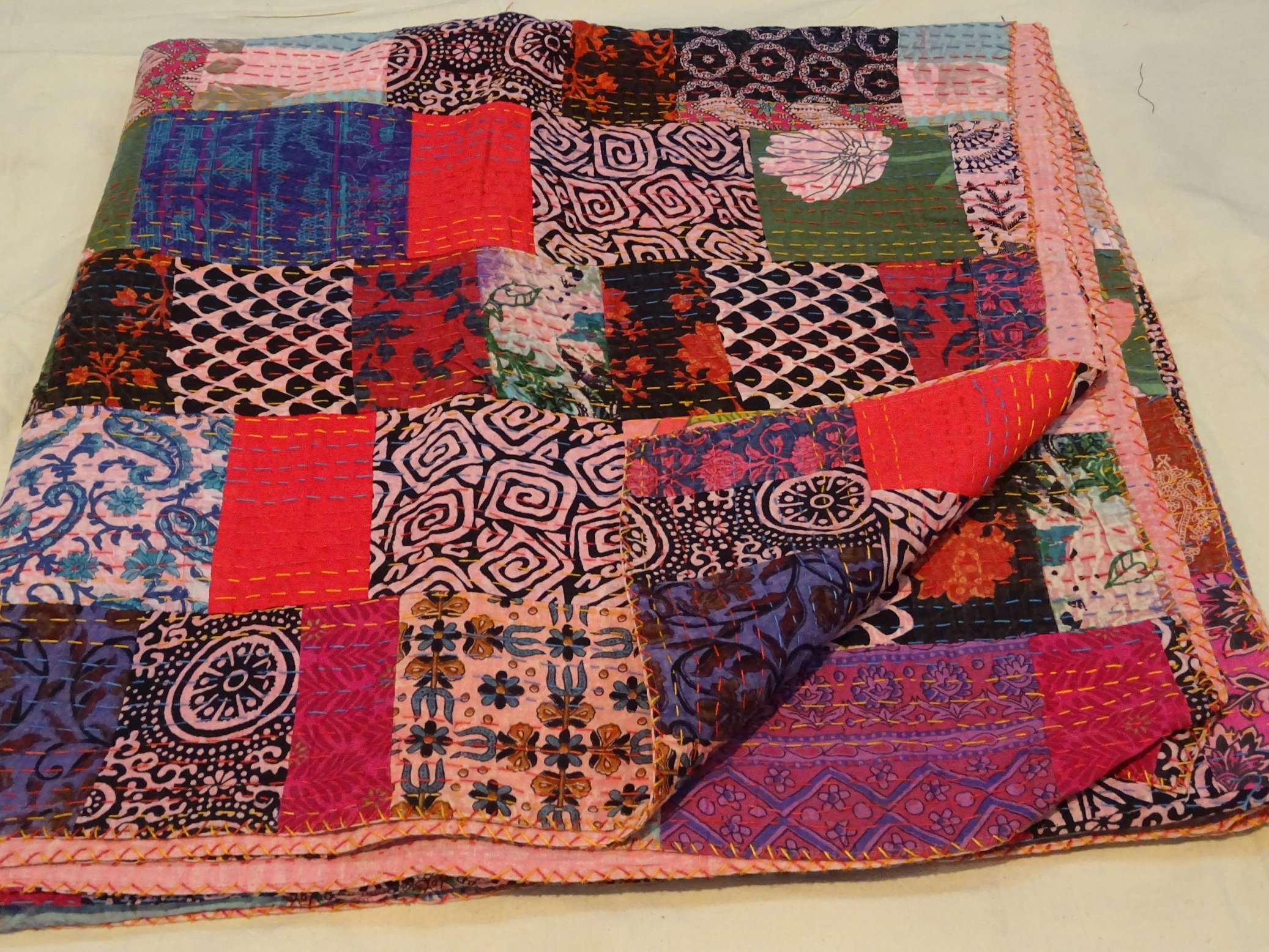 King Size Queen Size Ikat Kantha Quilt, Reversible Bedcover Bedding Indian Throw, Kantha Quilt, Bohemian Kantha Bedspread, Indian Kantha Decor