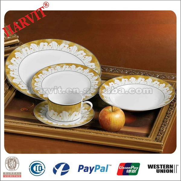 House Hold Items Different Kind of China Wares Round 20 Pcs Wholesale Dinnerware Sets