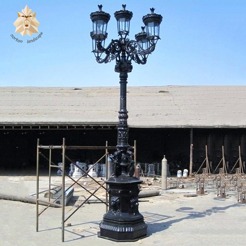 Outdoor Decor Casting 5 Lights Antique Cast Iron Lamp Post Ntilp 271a Decorative Garden Street