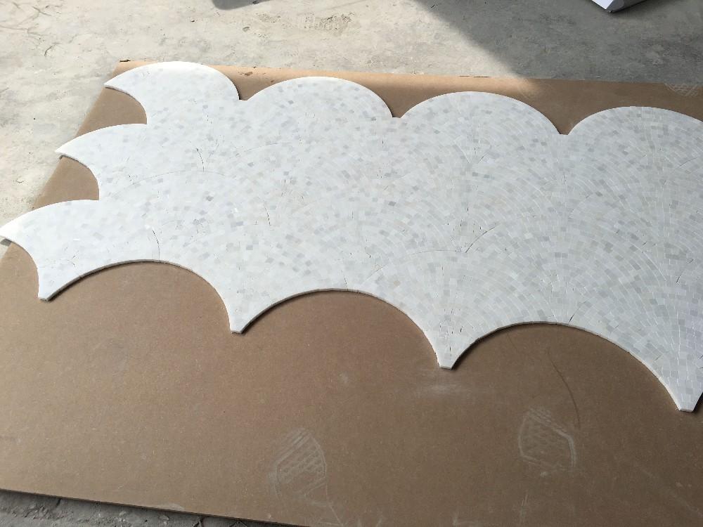 Forma a ventaglio pietra naturale mosaico pavimento di piastrelle