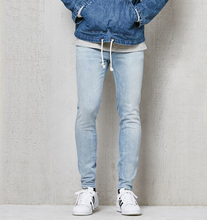 Herrenmode Licht <span class=keywords><strong>Aktive</strong></span> Stretch Dünne <span class=keywords><strong>Jeans</strong></span>