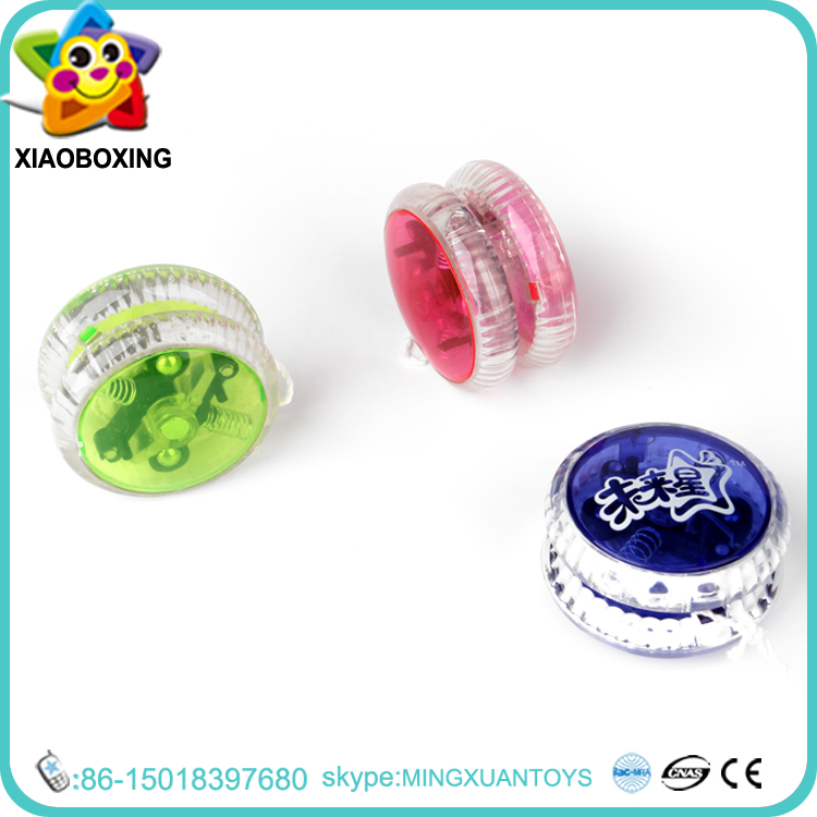 New design cheap yoyo ball with light or music educational printed Yoyo ball toys cuckoo wall clock with bird come out