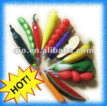 2012 novel fruit pen with magnet