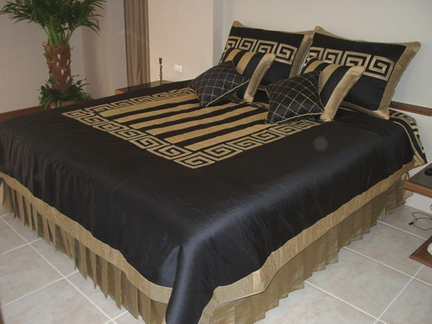 China Stripes Black With Gold Bed Cover - Buy Bed Cover Product on ...