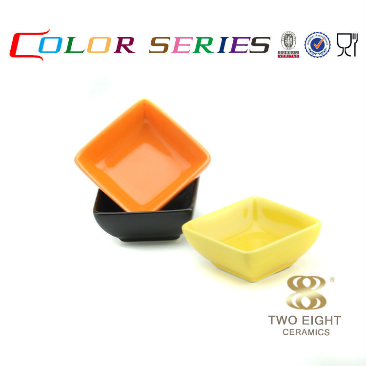Popular japanese yellow ceramic black square 4 inch plate for kids