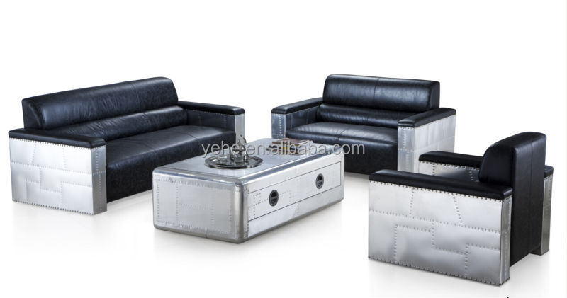 woonkamer antieke meubelen, lederen sofa s, aluminium banken ...