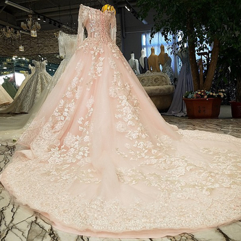 Blush Pink Wedding Dresses Scoop Neck Beaded Lace High Quality French Tulle Lace Up Back Long Sleeves Pearl Pink Bride Dresses