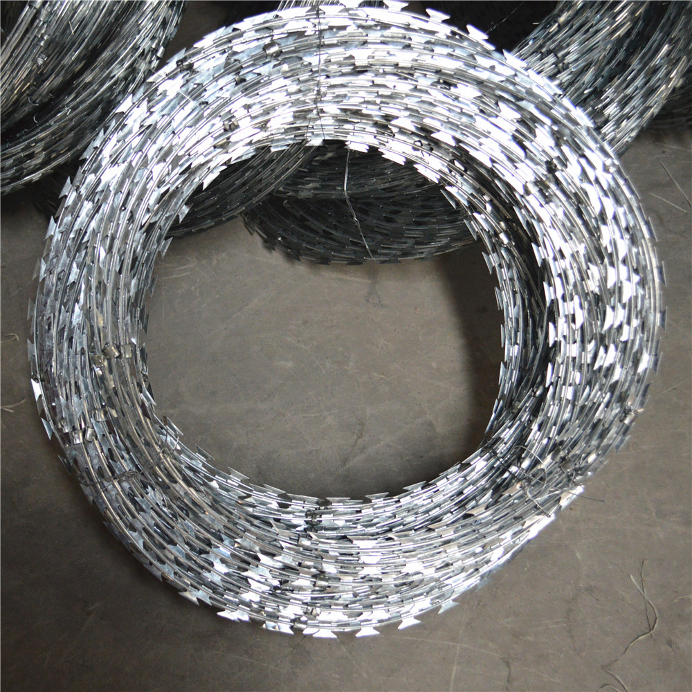 Competitive Price Concertina Razor Wire/cbt65 Single Coil Razor ...