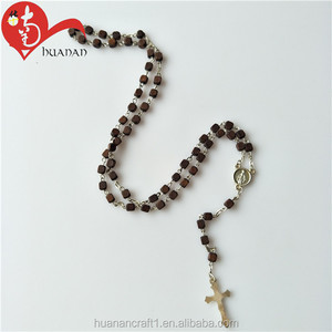 Popular Design Square Wooden Beads Charm Chain Rosary Necklace
