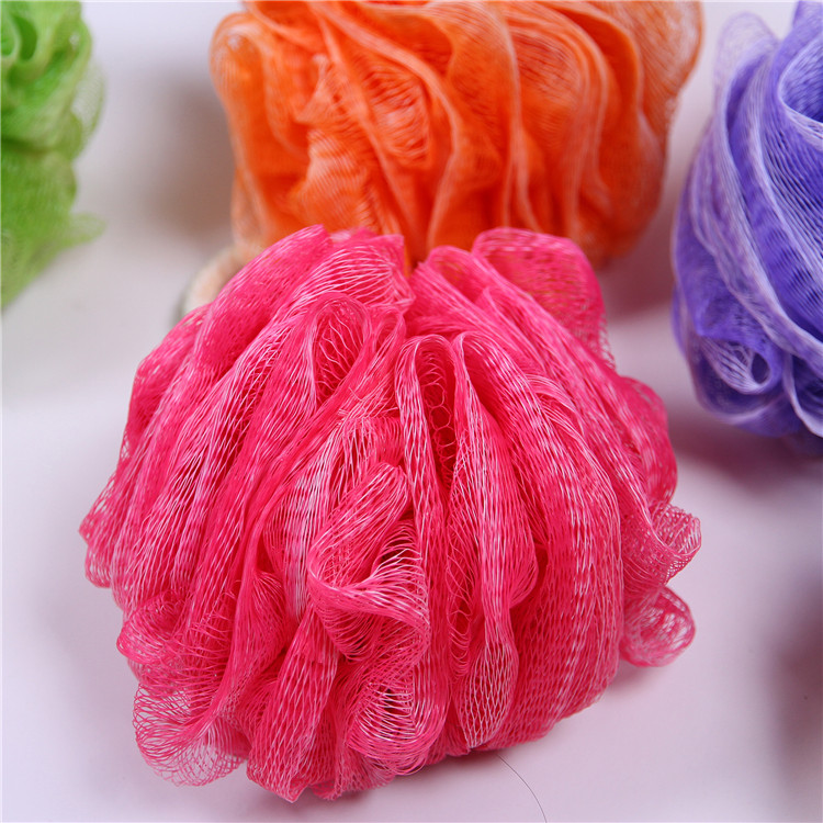 Customized wholesale multicolor body rubbing ball mesh loofah shower sponge PE mesh baby pouf bath sponge