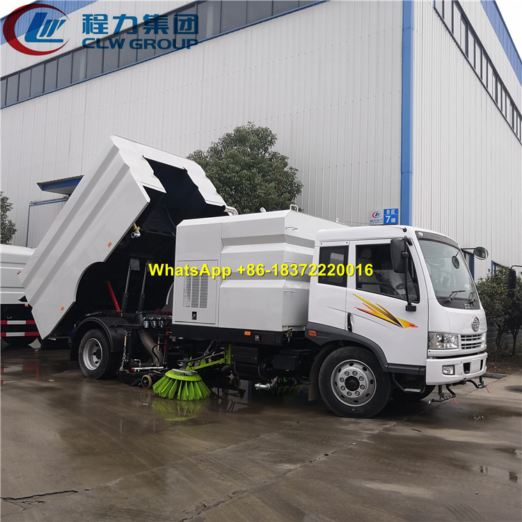 High End FAW RHD Vacuum Street Sweeping Truck Street Cleaning Sweeper Truck