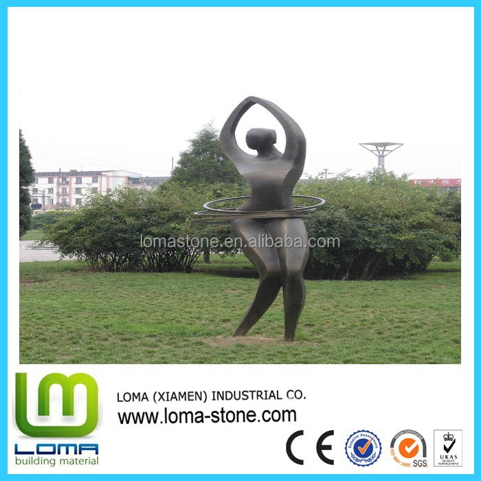 Loma hot selling garden people sculpture for outdoor decoration