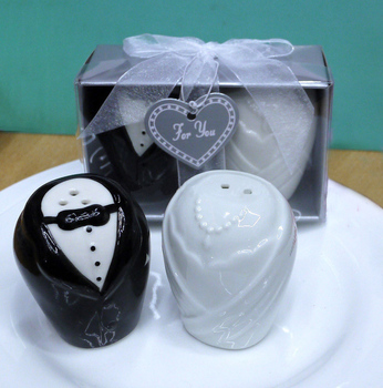 Wedding Gifts Bride And Groom Salt And Pepper Shakers Buy Salt And