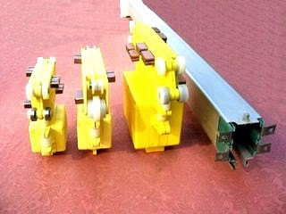 Crane enclosed multipole current conductor rail from KEDO
