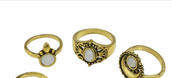 R53-032 ancient style white resin stone 4pc knuckle rings set