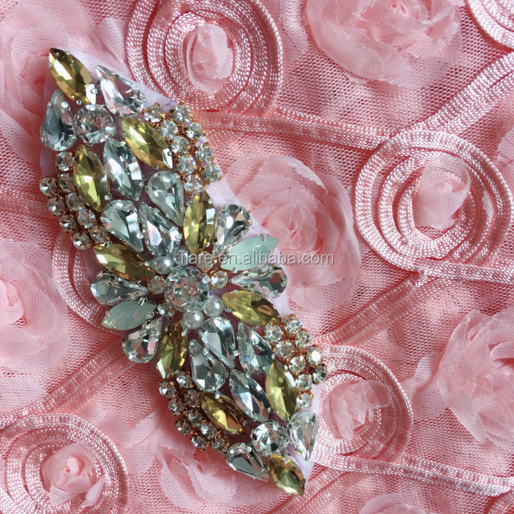 Handmade Bling Topaz stone beaded Gold crystal Rhinestone flower appliques embroidered diamond Patch for Ladies garment