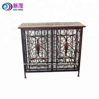 Handmade Iron Crafts Vintage Bar Furniture Wrought Iron Bottle