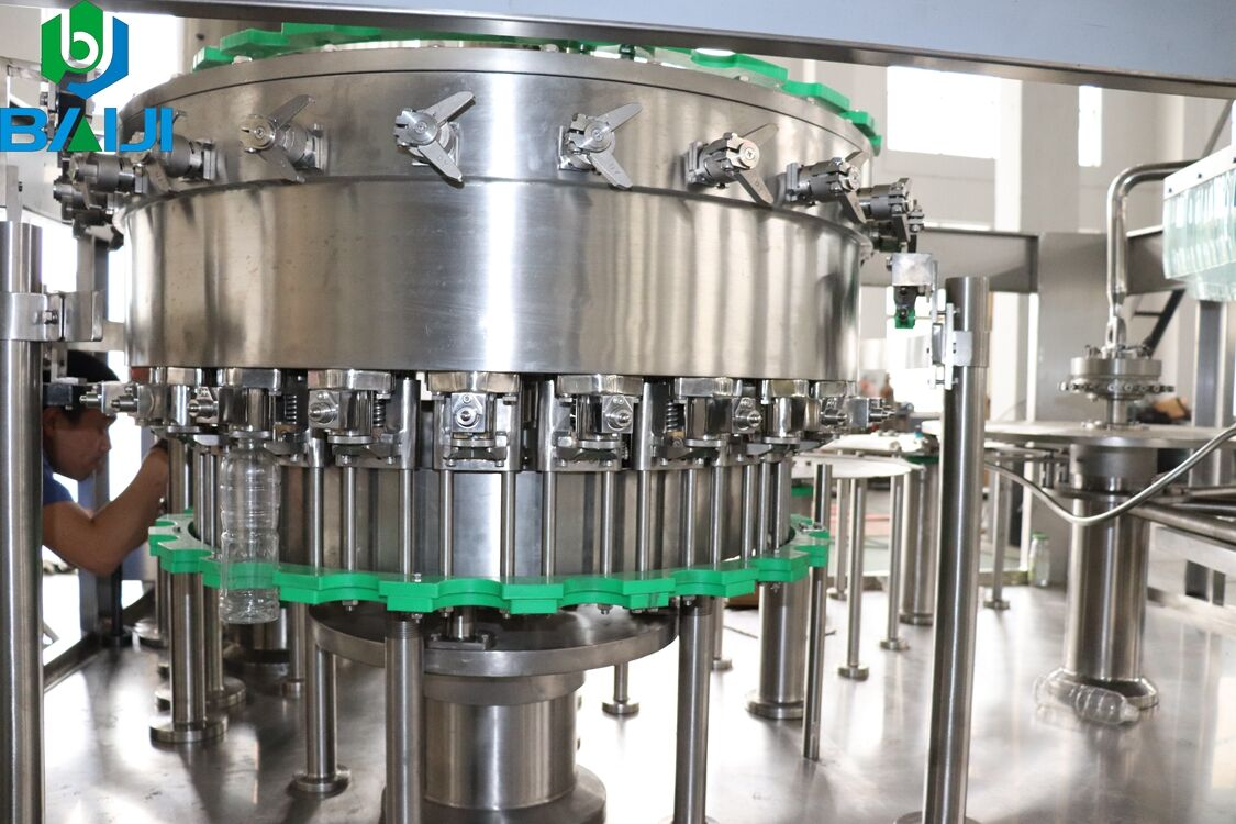 Automatic 3 in 1 carbonated beverage filling machine for sale