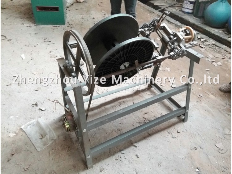 Knitting Rope For Sale : Automatic machine to make a rope of straw