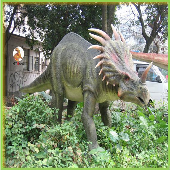 Simulation Real Dinosaur Model for Dinosaur Museum
