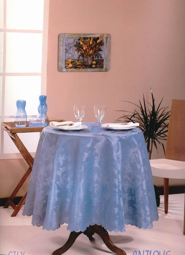 100% Polyester Jacquard Table Cloth