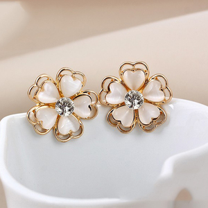 Korean Style rhinestone earring Gold Alloy Decoration stud Earrings Ornaments Fashion Opal Flower Stud Earrings