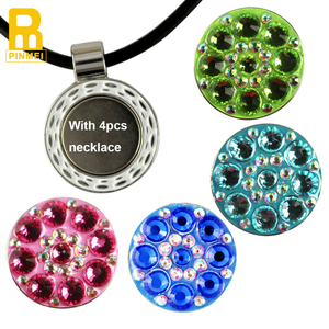 Lady love it so much! necklace pendent golf ball marker with magnetic