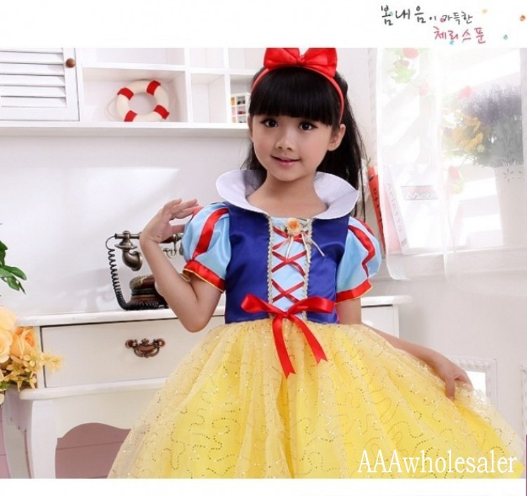 2015 cosplay Snow White Costumes fantasias 80cm 160cm Princess Dress New Year Halloween Christmas Costumes For