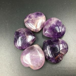Wholesale Natural Dream Amethyst Crystal Heart Shaped Rocks Healing For Gift