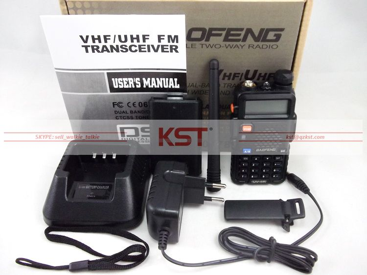 Atacado nova versão BAOFENG UV-5R walkie talkie VHF136-174MHz & UHF400-520MHz UV5R dual band dual display walkie talkie