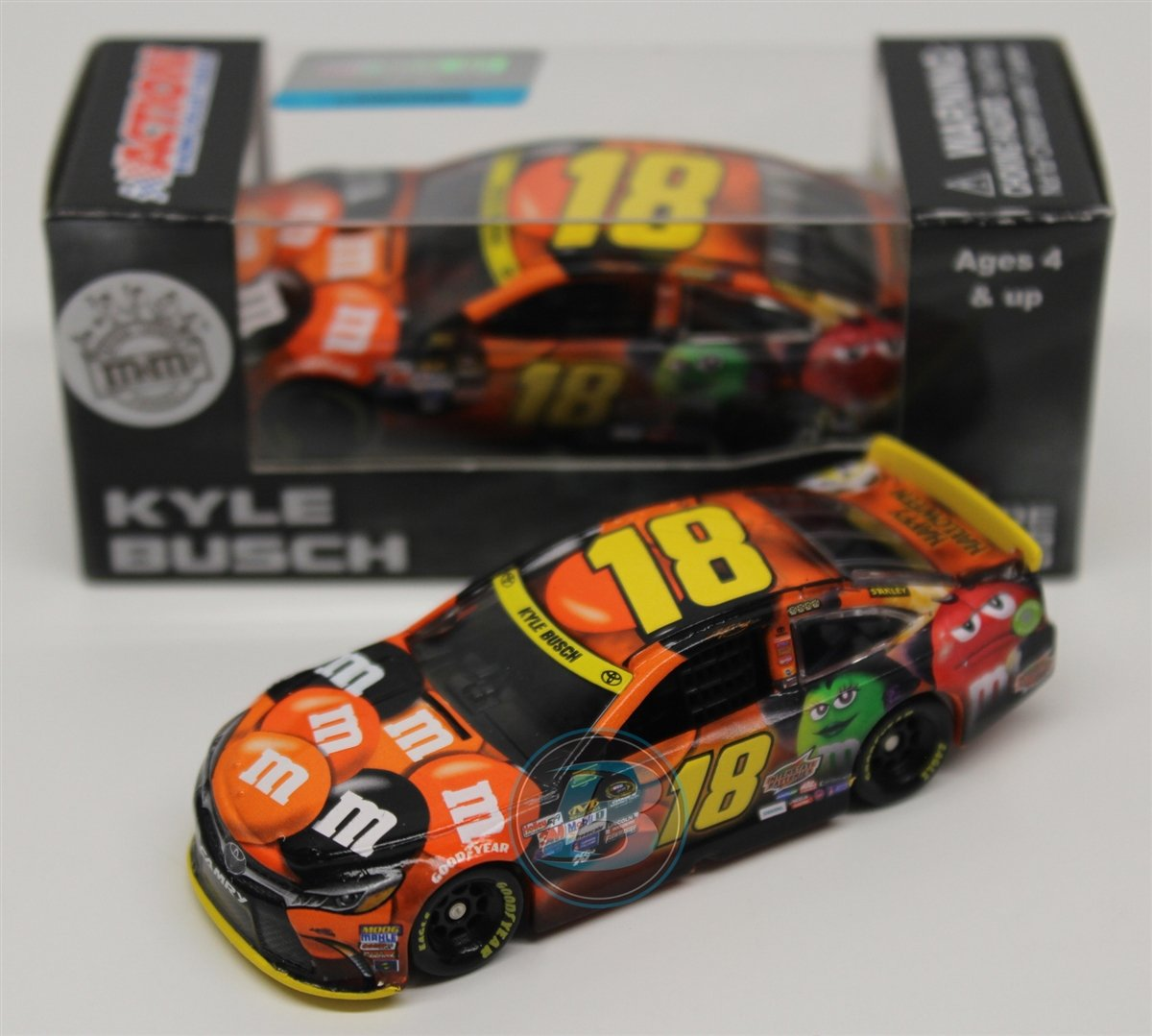 get quotations kyle busch 2015 halloween 164 nascar diecast