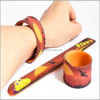 Custom promotion gifts CMYK full color printing reflect silicone slap bracelets
