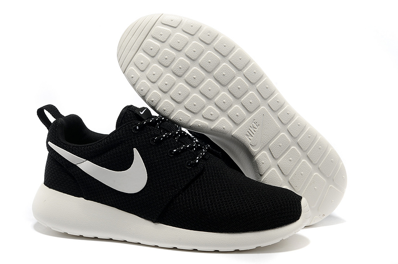 huge discount bb2ec 51d39 February   2016   roshe yeeze black   Page 30