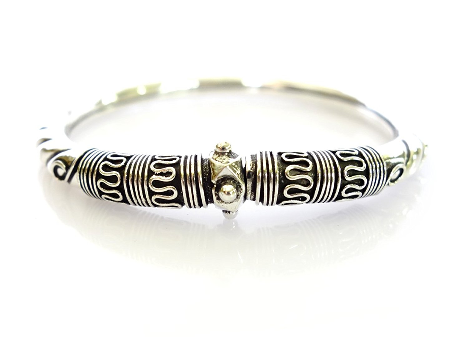 FINE HANDMADE 925 STERLING SILVER BANGLE BRACELET FOR WOMEN VINTAGE TRIBAL BRACELET BY TIBETAN SILVER