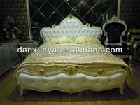 2013 The most popular Europe style oak furniture, luxury upholstered solid wood carving genuine leather bed