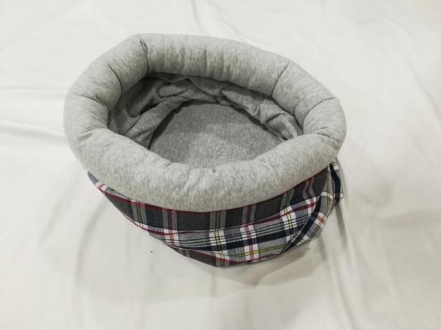 Petstar Factory Supply OEM Newest Plaid Design Soft Pet Beds