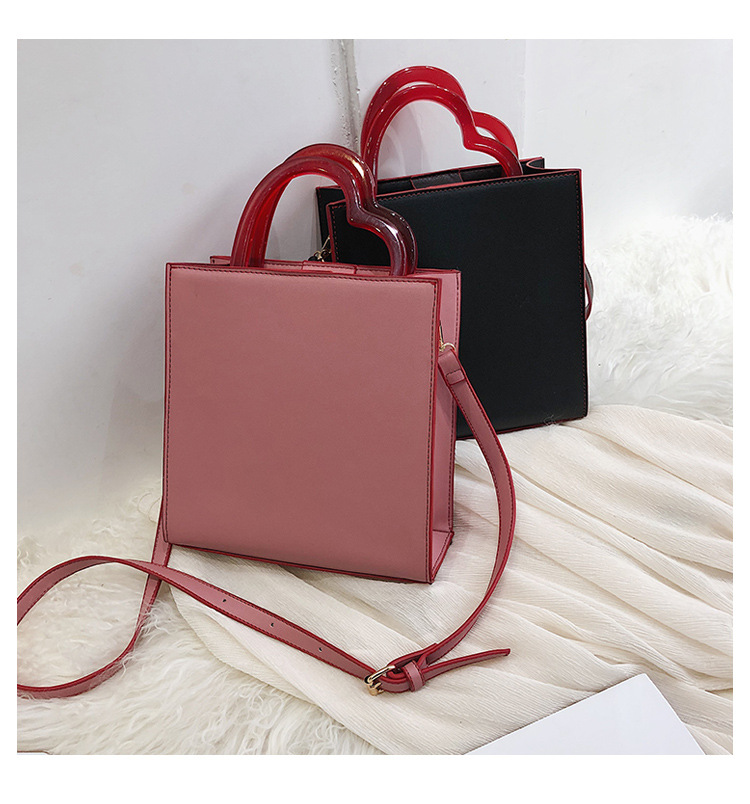 2019 New Korean Style Street Fashion Girls Square Crossbody bags With Acrylic Heart Handle Wholesale Online