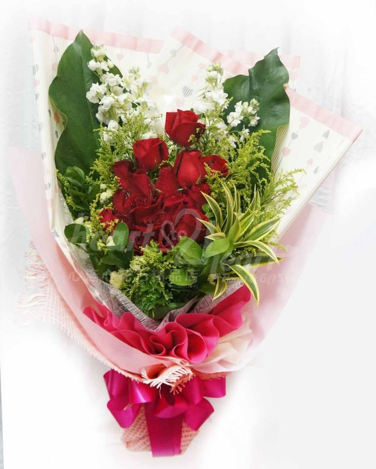 Fresh Flower Hand Bouquet - Buy Fresh Flower Bouquet Product on ...
