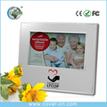 Chinese manufacturer custom plastic photo frames with music