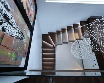 Hout led licht stappen gehard glazen balustrade minimalistische