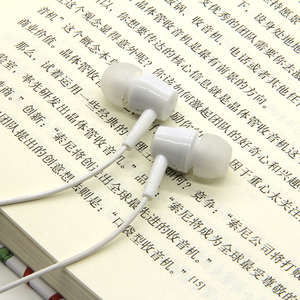 Hot Sell Earphone Cheap Earpiece Headphones In-Ear Hand Free Earphone Earbud
