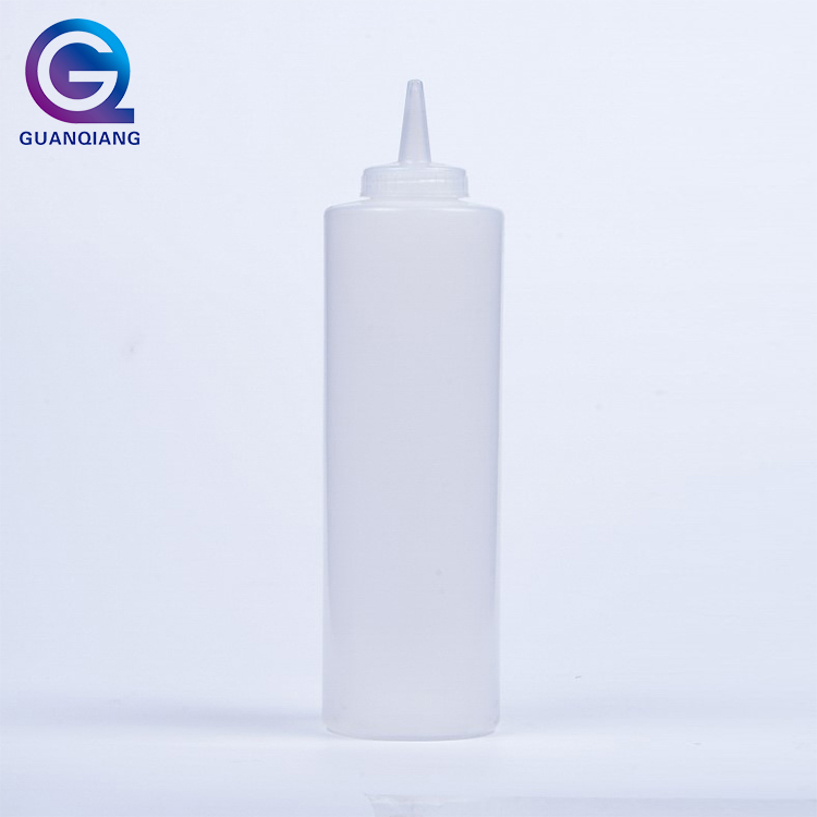 Plastic ketchup salad dressing squeeze sauce bottle
