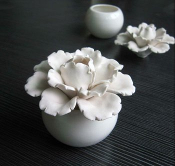 Aromatherapy Ceramic Flower Diffuser,Decorative Air Freshener Ts-cf013 - Buy Ceramic Flower ...