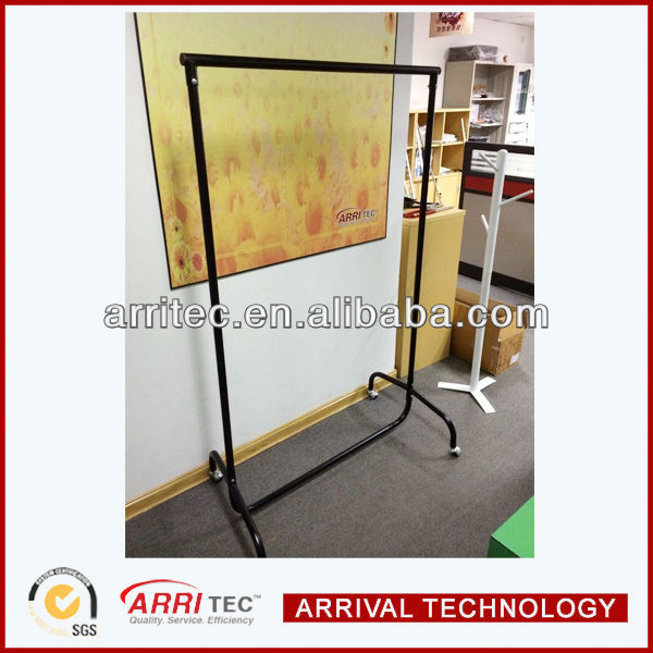 Retail Store metal Garment Rail Display