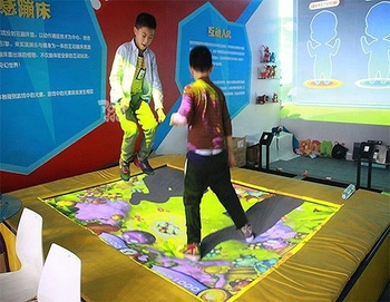 Customized popular decorative interactive tramploline for kids playground