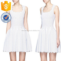 White U-lined Figured Pleated Hem Bouffant Slim Young Summer Clothing Manufacture Wholesale Fashion Women Apparel (TF1105D)