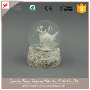 High Quality Resin Customized Snow Globe New Design Photo Snow Globes