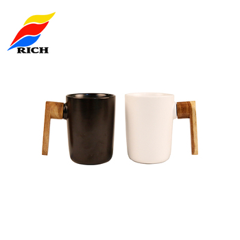Unique 350ml Black & White Custom Logo Ceramic Mug with Wooden Handle