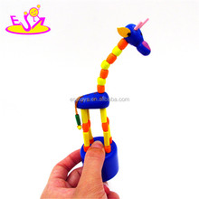 Wholesale colorful lovely giraffe shape animal wooden toy for childrens W06D050